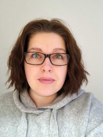 Petra Naski opiskelee liiketoiminnan logistikkaa Xamkissa.
